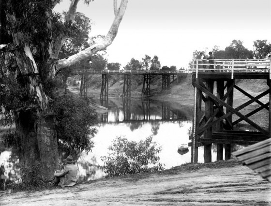 Goulburn River showing Fryers Street Bridge and Jetty - circa 1900